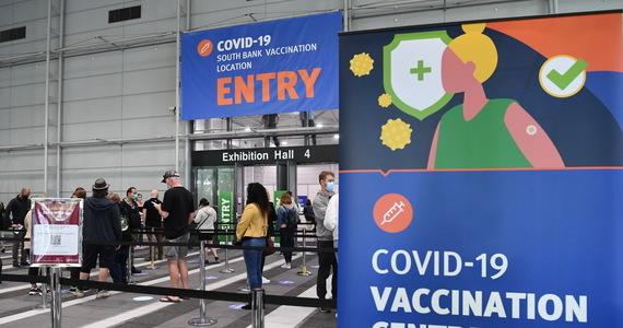 Opracowana na Flinders University w Australii szczepionka prawdopodobnie nie tylko chroni przed chorobą, ale także przed przenoszeniem SARS-CoV-2.