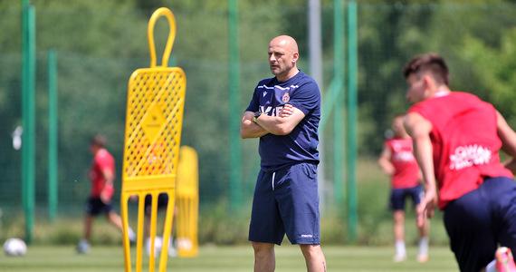 Wisla Krakow.  Adrian Gul coach prepares for changes for the match against Górnik Łęczna