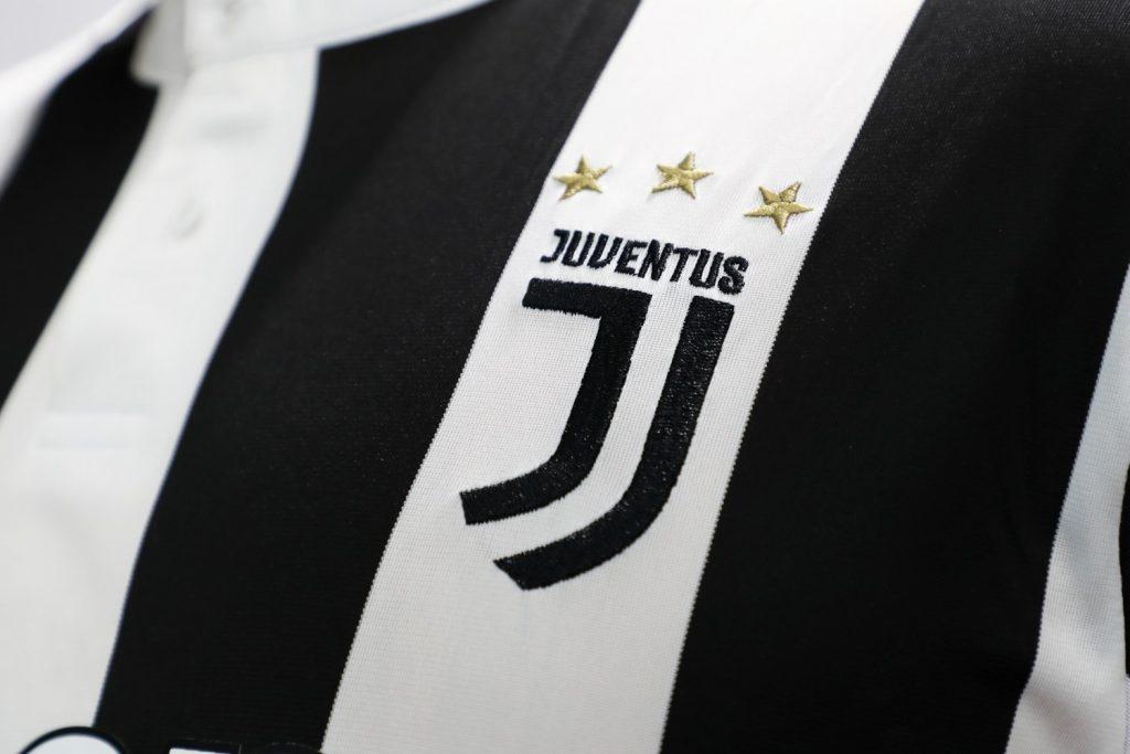 Juventus found a successor to Cristiano Ronaldo.  Medical examination time