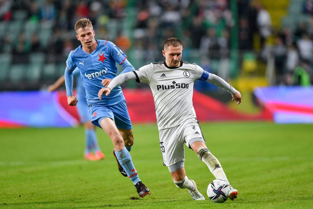 """Twitter comments on Legia's success in the European League.  """"It's an out-of-state result."""""""