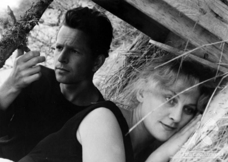 "Irina Laskowska and Jan Macholsky in the movie ""The last day of summer"""