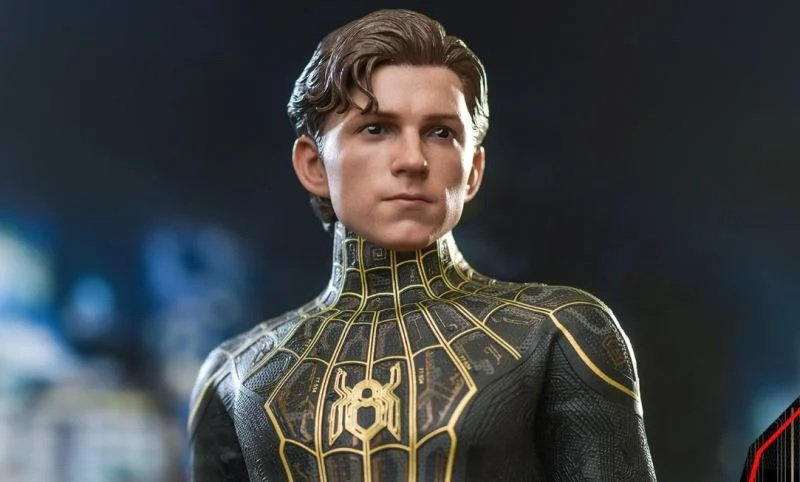 Spider-Man: No Way Home - New Spider-Man images.  Details are missing from the black and gold suit