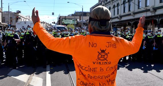 Australia: Melbourne riots.  'Sounds like the beginning of a revolution'