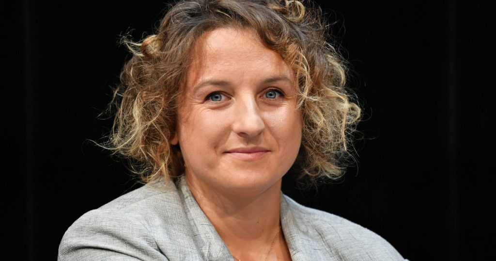 """Alexandra Terbiska with the Gdynia Festival Onet Award for """"Other People"""""""