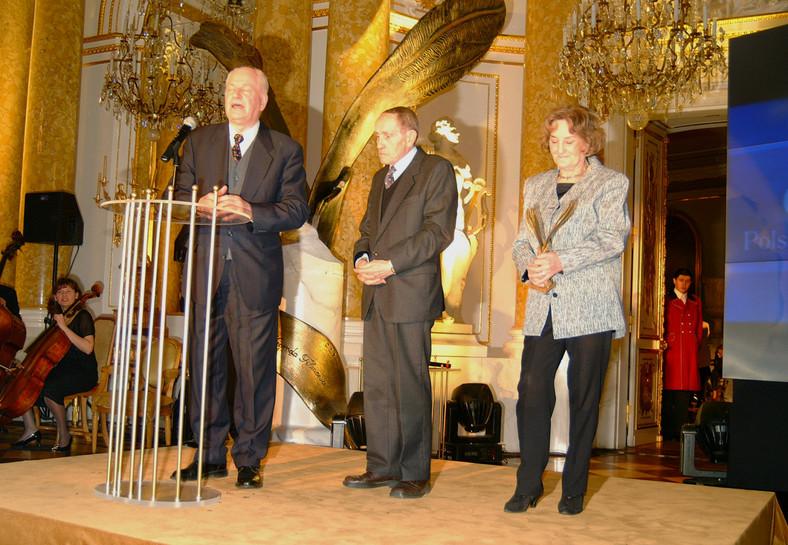 Irina Laskowska, Jan Macholsky and Tadeusz Konwicki (2002)
