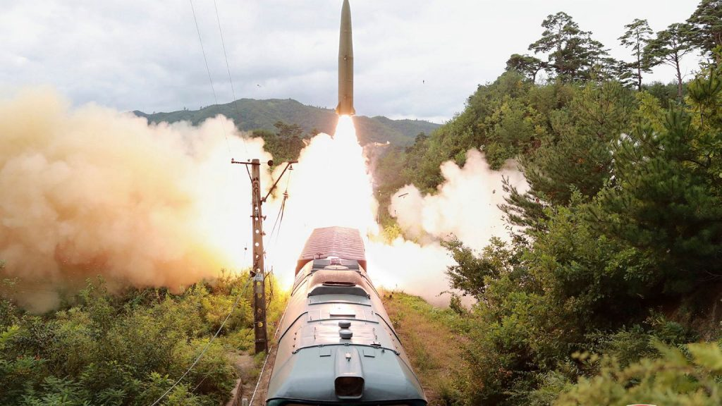 North Korea launches missiles from the train.  Kim Jong-un develops arsenic missile |  News from the world