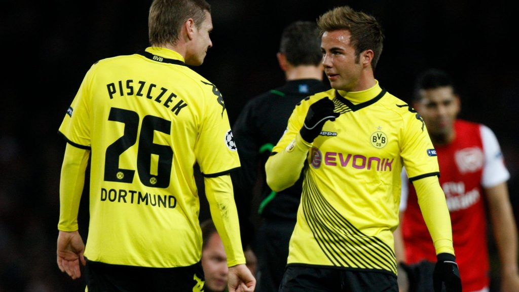 """Piszczek reveals the reasons for the defection in Borussia Dortmund's dressing room.  Football """"Shock"""""""