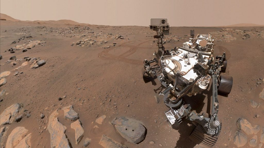 £azik Perseverance has uploaded a beautiful selfie from Mars.  Scientists compiled it from 57 images