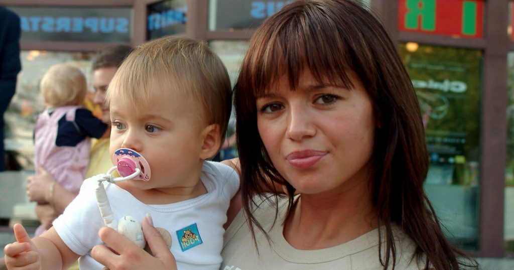 Anna Przybylska in Memories of her Daughter.  Oliwia Bieniuk happy to talk about her mother