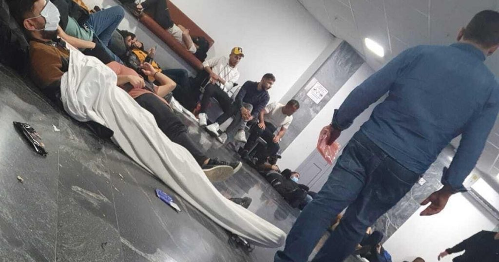 Belarus.  Minsk airport is paralyzed.  Migrants from Dubai camp there