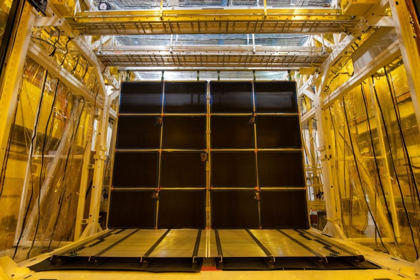Fermilab is building last of the great detectors to find neutrinos and sterile physics outside of MS