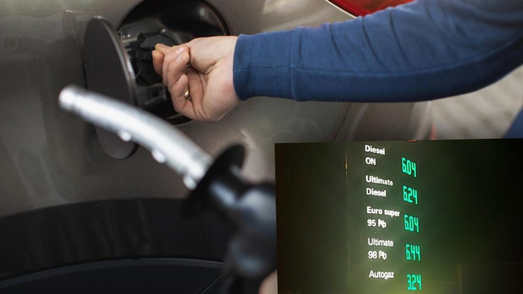 Fuel prices Pb95, Pb98, ON, LPG - 13.10.2021.  At some stations, gasoline and diesel fuel cost more than PLN 6 per liter