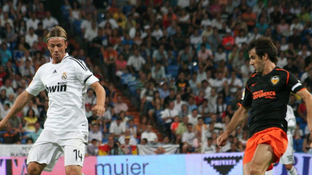 Guti angered Real and Barcelona fans with two sentences.  Sudden change of situation .. Football