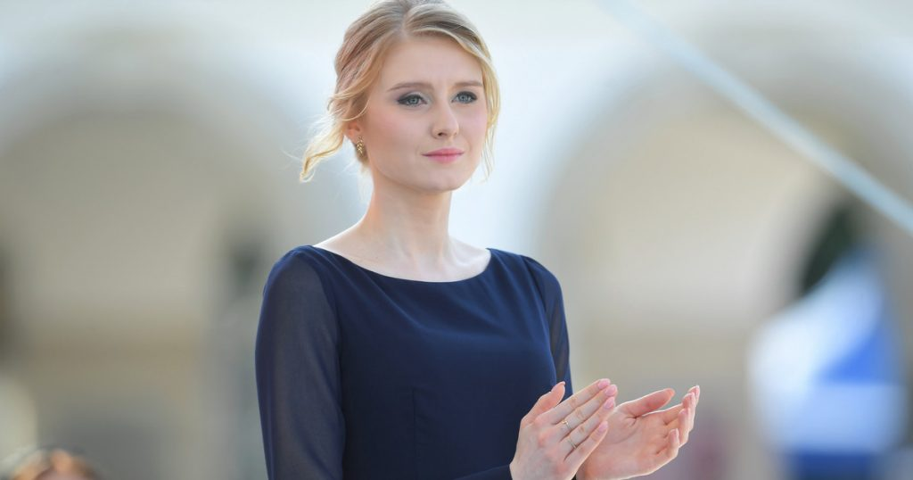 Kinga Duda.  Where does the daughter of President Andrei Duda work?