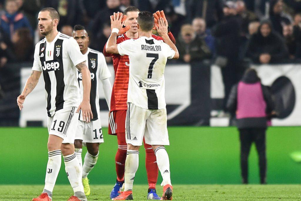 This is how Cristiano Ronaldo bid farewell to Juventus players.  Khan Wojciech Szczęsny behind the scenes
