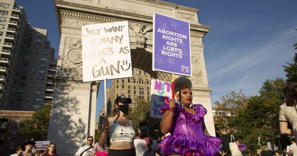 USA: Thousands of people protested across the country against restricting abortion rights